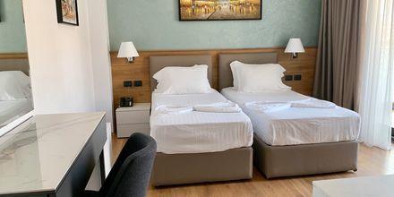 Familjerum på hotell Butrinti i Saranda, Albanien.