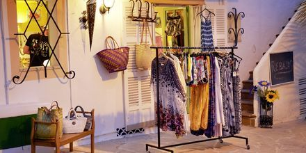 Shopping i Cala d´Or på Mallorca, Spanien.