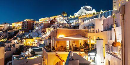 Kväll i Fira på Santorini, Grekland.