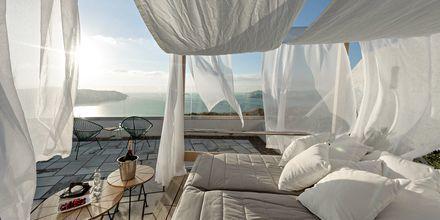 Solterrassen på Caldera's Dolphin Suites på Santorini, Grekland.