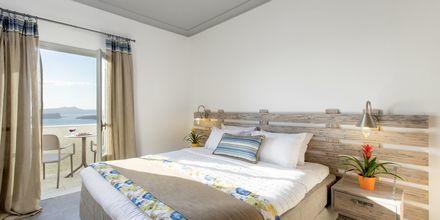 Superiorrum på hotell Caldera's Dolphin Suites på Santorini, Grekland.