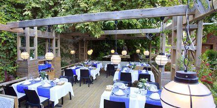 Restaurang på hotell Can Garden Beach i Side, Turkiet.