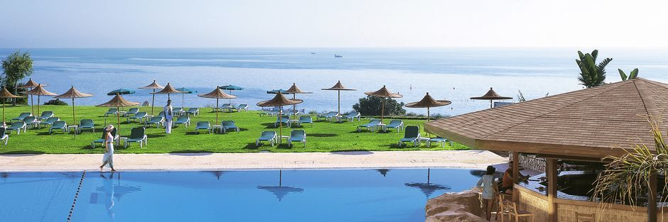 Hotell Capo Bay i Fig Tree Bay, Cypern.