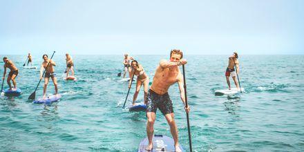 Stand up paddle board på  hotell Cavo Spada Deluxe & Spa, på Kreta, Grekland.