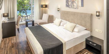 Dubbelrum på hotell Central Beach 9 i Makarska, Kroatien.