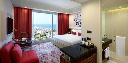 Dubbelrum på hotell Cinnamon Red i Colombo på Sri Lanka.