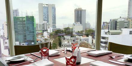 Restaurang på hotell Cinnamon Red i Colombo på Sri Lanka.