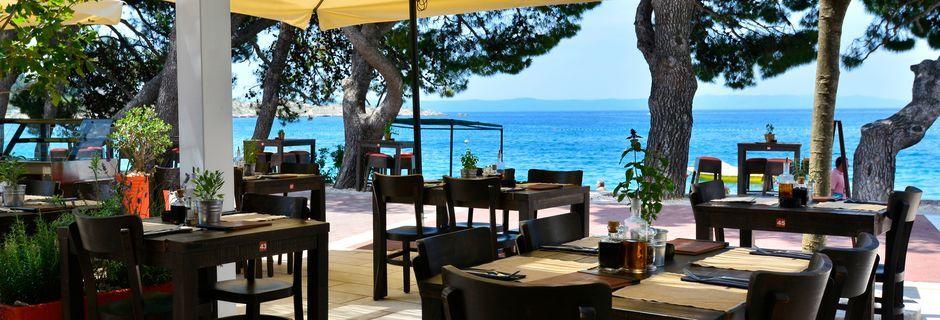 Restaurangen vid hotell City Beach på Makarska rivieran, Kroatien.
