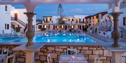 Restaurang på hotell Contaratos Beach på Paros, Grekland.
