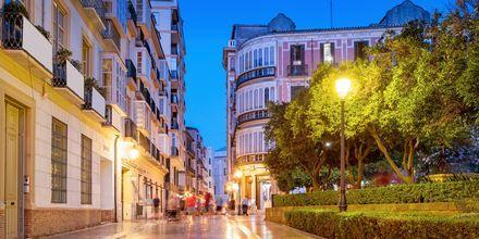 Malaga stad funkar som resmål året om tack vare behagliga temperaturer.