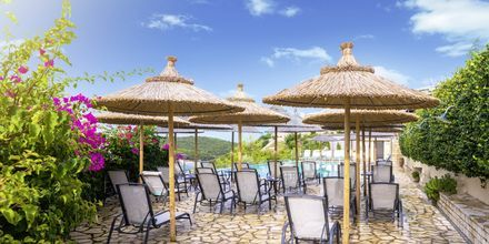 Pool på hotell Costa Smeralda i Sivota, Grekland.