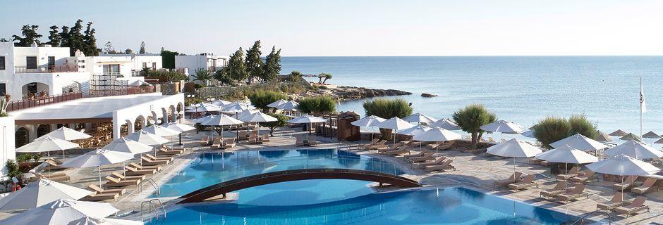 Poolområdet på hotell Creta Maris Beach Resort på Kreta, Grekland.