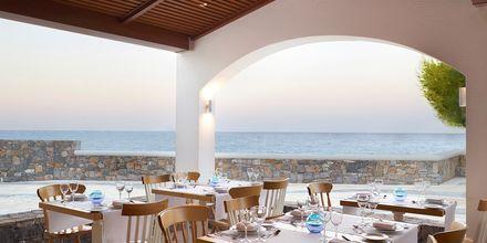 Restaurang Almyra på hotell Creta Maris Beach Resort på Kreta, Grekland.