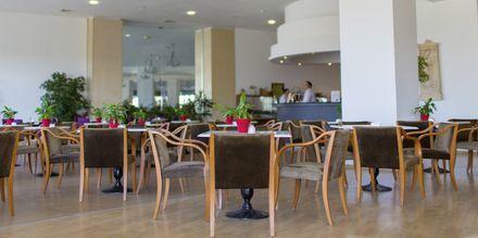Lobby på hotell Louis Creta Princess Aquapark & Spa på Kreta, Grekland.