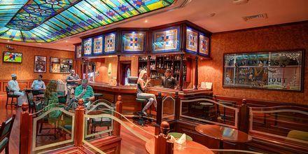Al Khareef Pub på hotell Crowne Plaza Resort, Oman.
