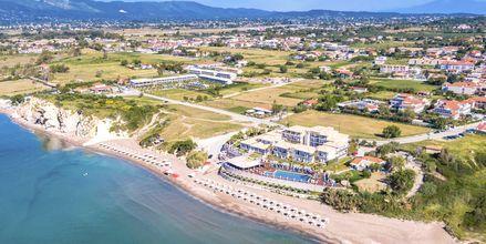 Stranden Kalamaki Beach vid hotell Crystal Beach i Kalamaki, Zakynthos.