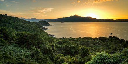 I Da Nang-området väntar frodig natur och ett härligt klimat året om.