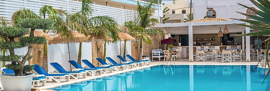 Poolen på hotell Danaides i Malia på Kreta.
