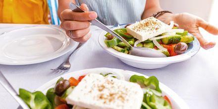En god grekisk sallad till lunch.
