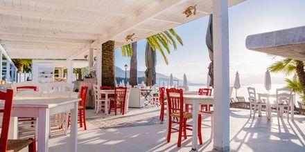 Strandrestaurang i Dassia på Korfu, Grekland.