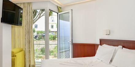 Juniorsvit på hotell Delfini i Saranda, Albanien.