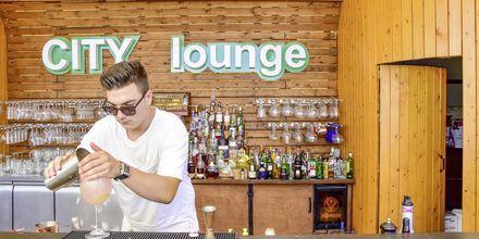 Bar på hotell Demi i Saranda, Albanien.