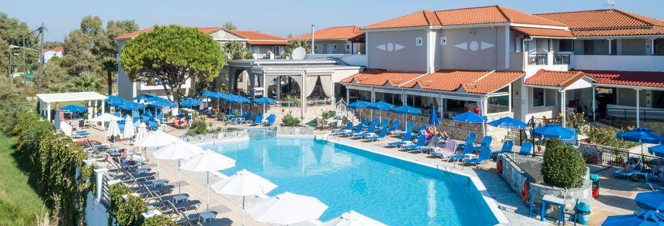 Pool på hotell Dennys Inn i Kalamaki, Zakynthos, Grekland.