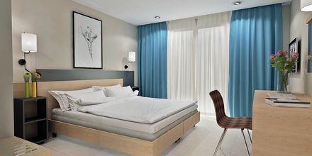 Skissbild på dubbelrum på hotell Diamanta på Skiathos, Grekland.
