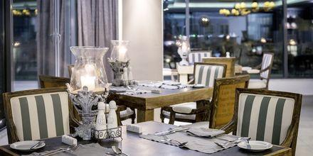 À la carte-restaurangen Peruzzi på hotell Diamond Deluxe Hotel i Lambi på Kos, Grekland.