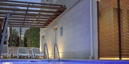 Poolen på hotell Dijana i Baska Voda, Kroatien.