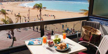 Renoverad enrumslägenhet på hotell Don Carlos i Las Palmas på Gran Canaria.