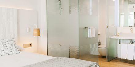 Exempel på hur badrummen ser ut på hotell Don Gregory by Dunas.