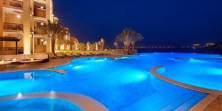Pool på hotell Doubletree by Hilton Marjan Island i Ras al Khaimah.