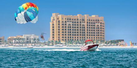 Vattensport på hotell Doubletree by Hilton Marjan Island i Ras al Khaimah.