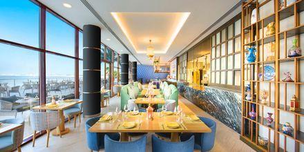 Meze-restaurang på hotell Doubletree by Hilton Marjan Island i Ras al Khaimah.