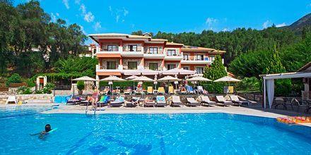 Pool på Dracos Hotel i Parga, Grekland.
