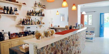 Baren på hotell Dream Island på Tilos, Grekland.