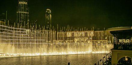 Dubai fountain i Dubai Downtown.