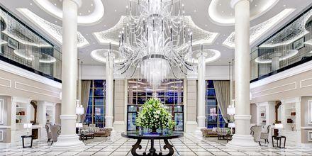 Lobby på Dukes The Palm, a Royal Hideaway Hotel på Dubai Palm Jumeirah, Förenade Arabemiraten.