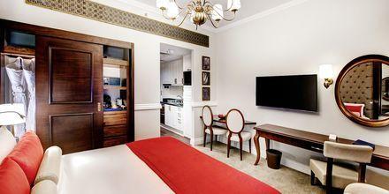 Enrumslägenhet på Dukes The Palm, a Royal Hideaway Hotel på Dubai Palm Jumeirah, Förenade Arabemiraten.