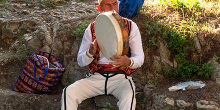 Åk på en utflykt till Berat, en bit utanför Durres.