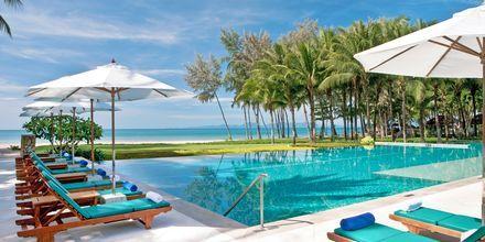 Med Apollo kan du bo på Dusit Thani Krabi Beach Resort.