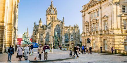 Royal Mile i Edinburgh, stadens mest kända gata.
