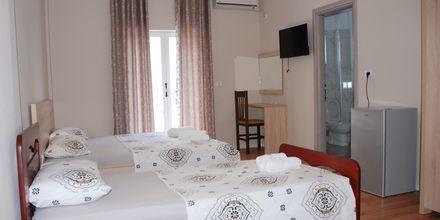 Familjerum på hotell i Edola i Saranda, Albanien.