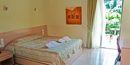 Enrumslägenhet på hotell Eleana på Lefkas, Grekland.