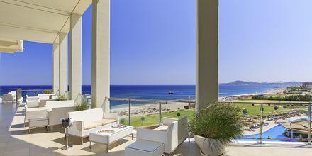 Terrassen vid lobbyn på hotell Elysium Resort & Spa, Rhodos.
