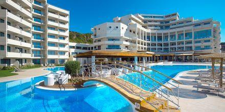 Poolområdet på Elysium Resort & Spa på Rhodos, Grekland.