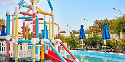 Barnpool på hotell Epsilon på Rhodos, Grekland.