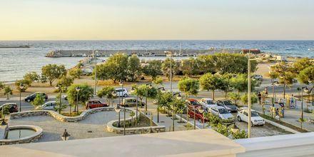 Utsikt från hotell Erato i Karlovassi på Samos, Grekland.