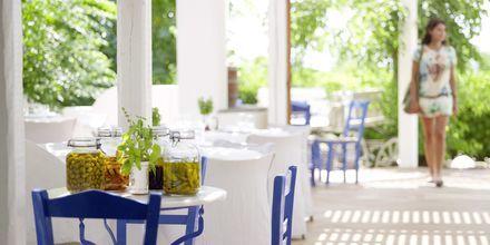 Restaurang Zephyros på hotell Esperos Mare på Rhodos, Grekland.